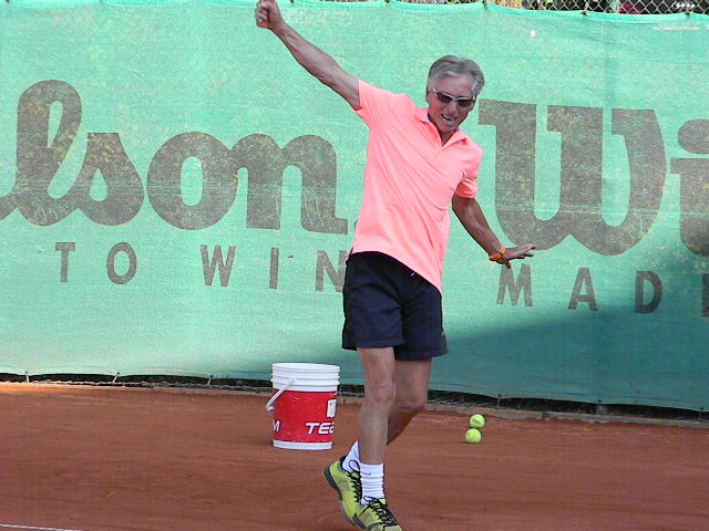 Tennistrainer David King